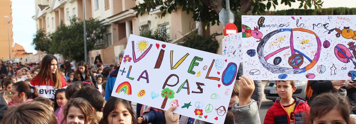 Marcha por La Paz y la no-violencia.